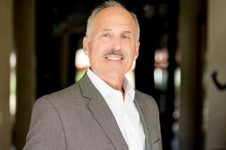 Brad Wiseman,  in Calabasas, Pinnacle Estate Properties