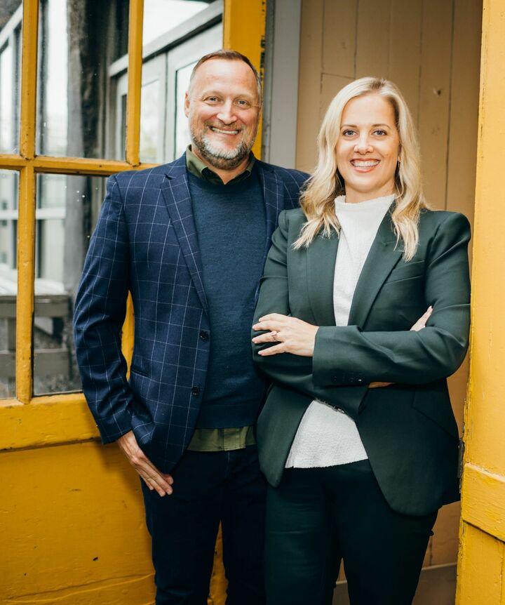 Cassie Walker Johnson, MANAGING BROKER in Seattle, Windermere