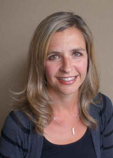 Nicole Dundas,  in Seattle, Windermere