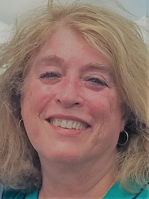 Janet  Irons,  in Seattle, Windermere