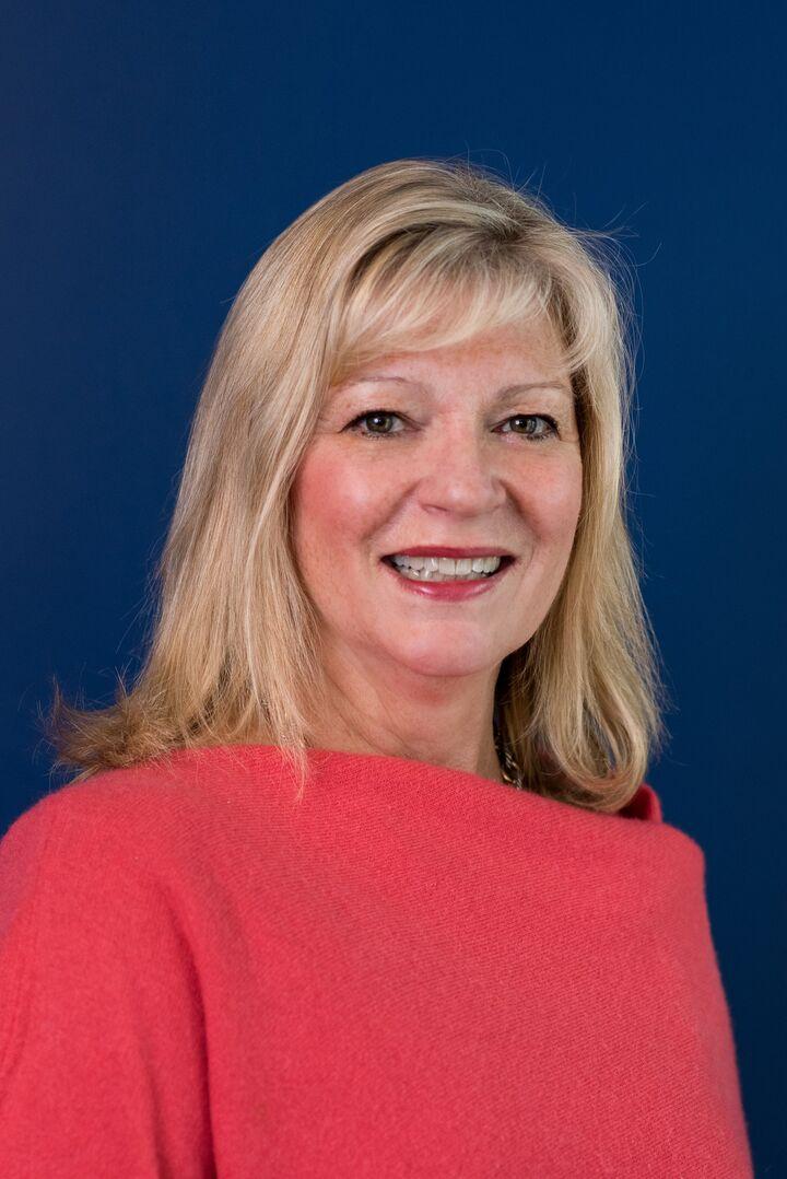 Karen Follett, Sales Associate in Narragansett, Mott & Chace Sotheby's International Realty