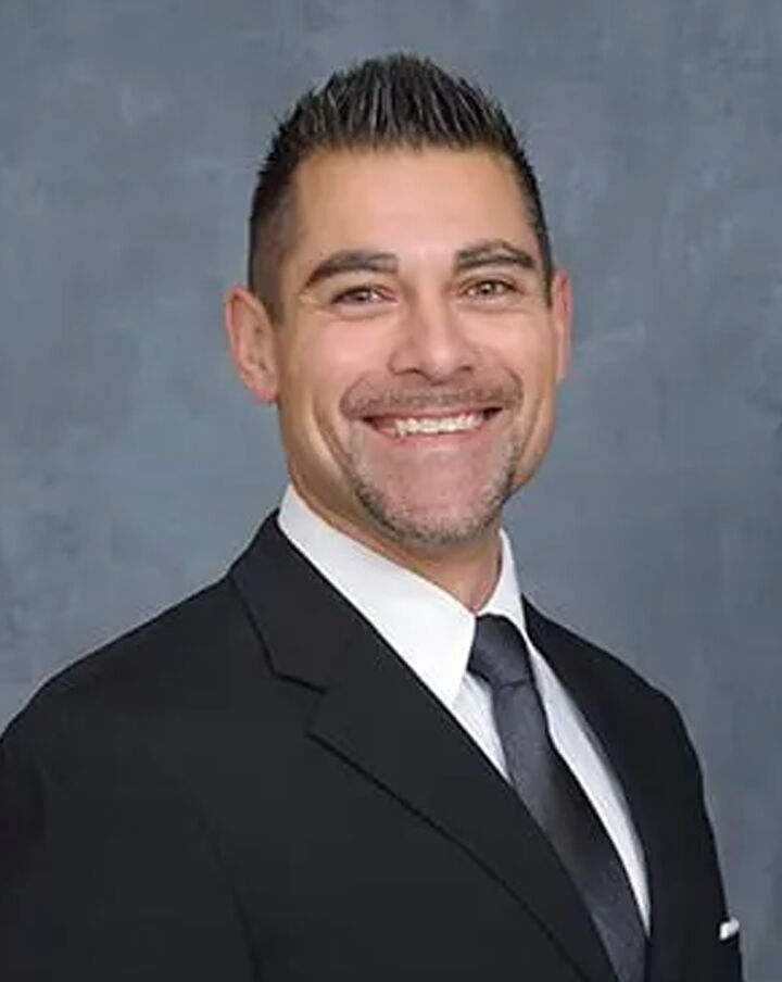 Alfredo Aldana,  in Burlingame, Sereno Group