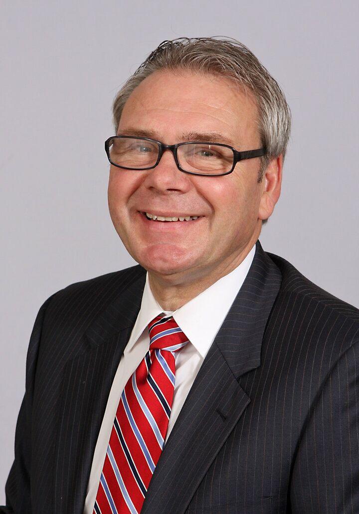 Brad Elliott