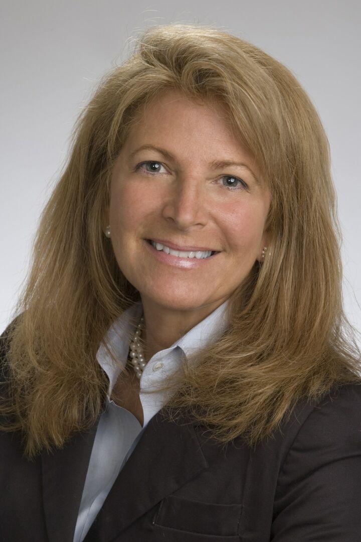 Julie Quigley Smith, Broker Associate in Narragansett, Mott & Chace Sotheby's International Realty
